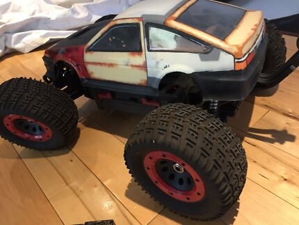 Thundertiger Mt4g3 1/8 RC monster truck remote control weapon