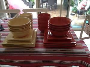 LIVING ART DINNERWARE Warners Bay Lake Macquarie Area Preview