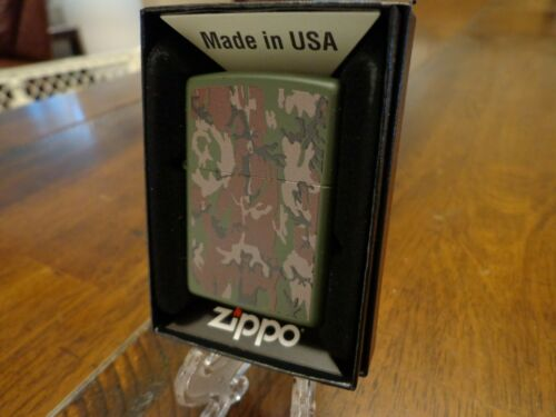 2 SIDED GREEN MATTE CAMO CAMOUFLAGE ZIPPO LIGHTER MINT IN BOX