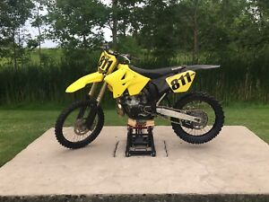 Moving - best offer takes - 2005 Eric Gorr RM 265