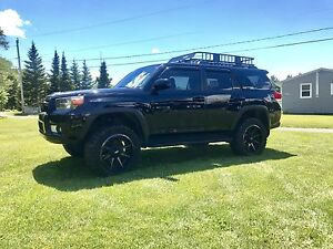 2011 4 Runner-Tons of Upgrades/Low kms