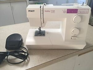 Pfaff Hobby 1132 Sewing Machine Merewether Newcastle Area Preview