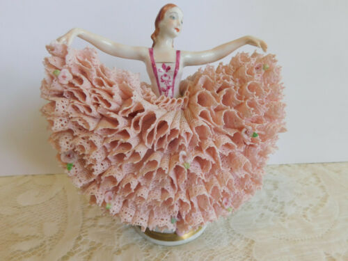 SUPERB MV IRISH DRESDEN FIGURINE PORCELAIN LACE LADY BUTTERFLY DANCER BALLERINA