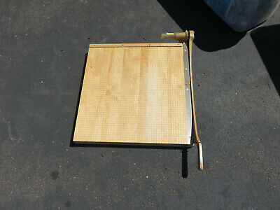 Large Ingento 24 Square Maple Guillotine Paper Cutter - Model 1162