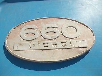Farmall Ih 660 D Diesel Tractor Original Front Hood Side Panel Oval Emblem Rare