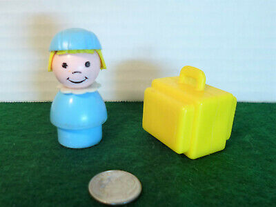 VTG Fisher Price Little People Jetport #993 Stewardess Blonde Yellow Luggage