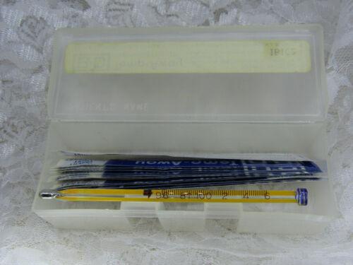 Vintage BD Becton Dickinson Temp-Away Fahrenheit Glass Oral Thermometer w/ Case