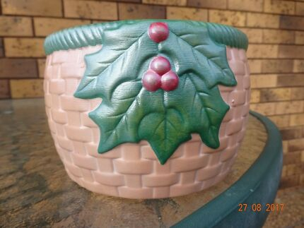 Dusty Pink Christmas Bowl /Flower Pot or Ornament