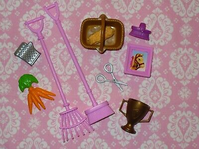 Mattel Barbie Doll Accessory Lot ~ HORSE STABLE BARN Accessories ~ Tawny Horse