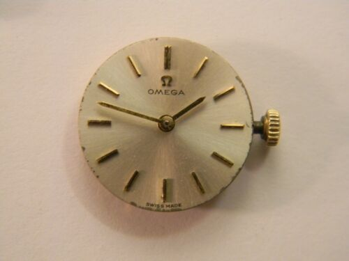 VINTAGE 1965 SWISS OMEGA 620 LADIES 17J WATCH MOVEMENT - RUNS - GOOD TIMEKEEPER