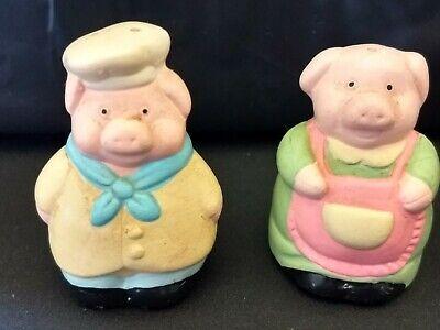 VINTAGE MRS. & MRS. PIG SALT AND PEPPER SHAKER