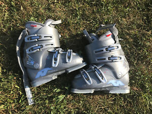 Nordica ski boots 285mm womens
