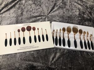 Brand new never used makeup brush set.