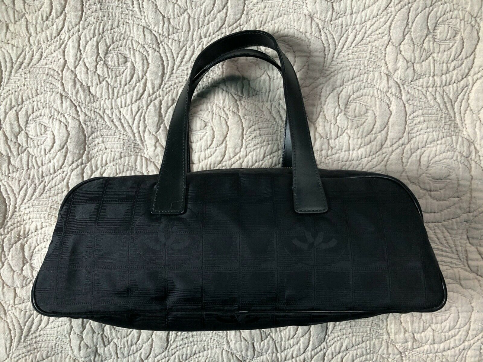 Sac à main chanel - travel line mini boston bag semi shoulder en toile