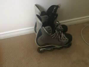Nike in-line hockey roller blades
