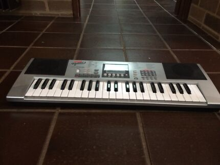 keyboard player for Xmas present
