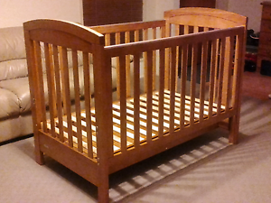 Beautiful Grotime baby cot Springwood Logan Area Preview