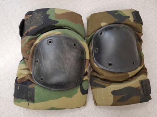 Woodland CamoLarge8415-01-458-8763 nouveau Bijan Elbow Pad set