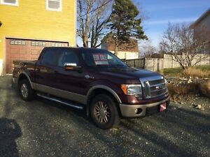 2010 King Ranch Ford F150-4x4 supercrw with sunroof