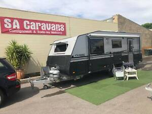 2017  SUPREME CLASSIC TOURER 21' with REAR ENSUITE and AIR COND.