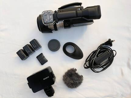 Sony NEX VG20EH Camcorder with loads of extras