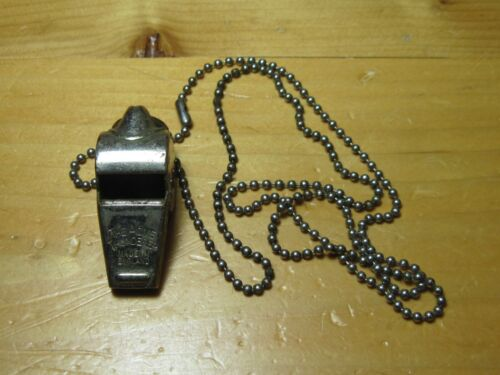EXCELLENT VTG THE ACME THUNDERER WHISTLE ENGLAND KEY CHAIN RING OLD WORKS GREAT