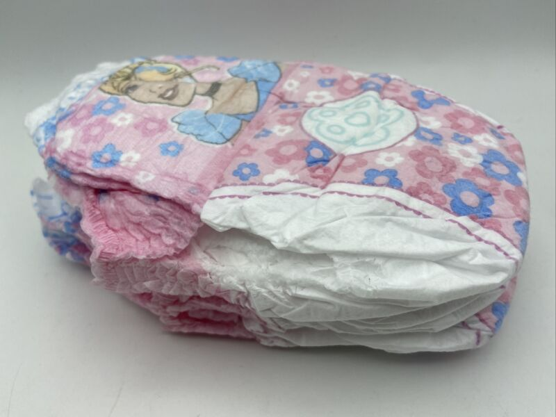 Huggies pull-ups  Cinderella *Lot of 5* Age 1 -2 1/2 Great For Collectors