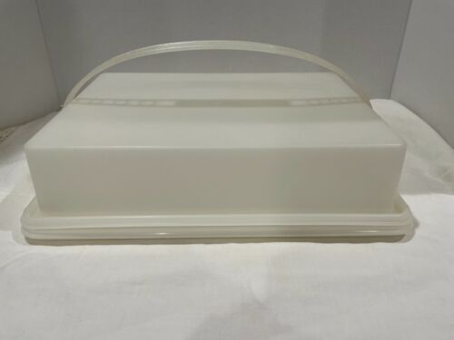 Tupperware Vintage Rectangle Cake Container 622-2+623-2 Sheer Base/Lid & Handle