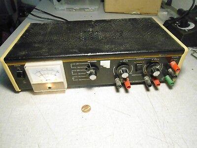 Bk Precision 1650 Tri Output Power Supply