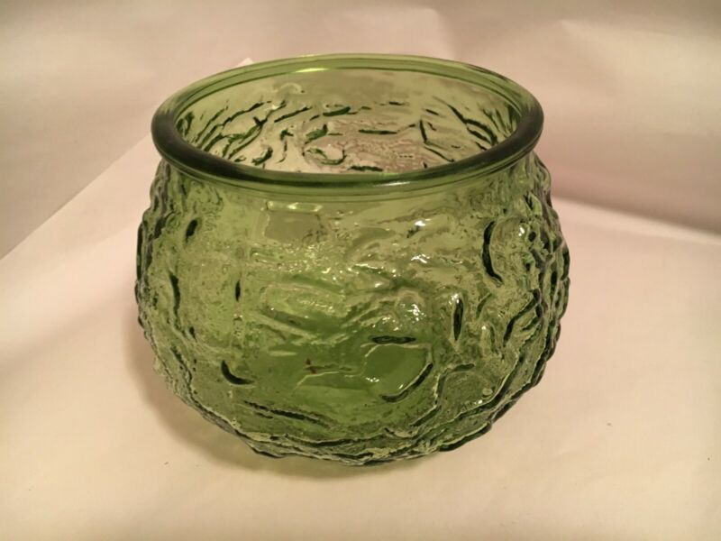 E O Brody Co. G101 Green Glass Bowl - Cleveland, OH USA