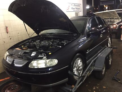 Wrecking supercharged Holden commodore Vt Calais l67 Woongarrah Wyong Area Preview