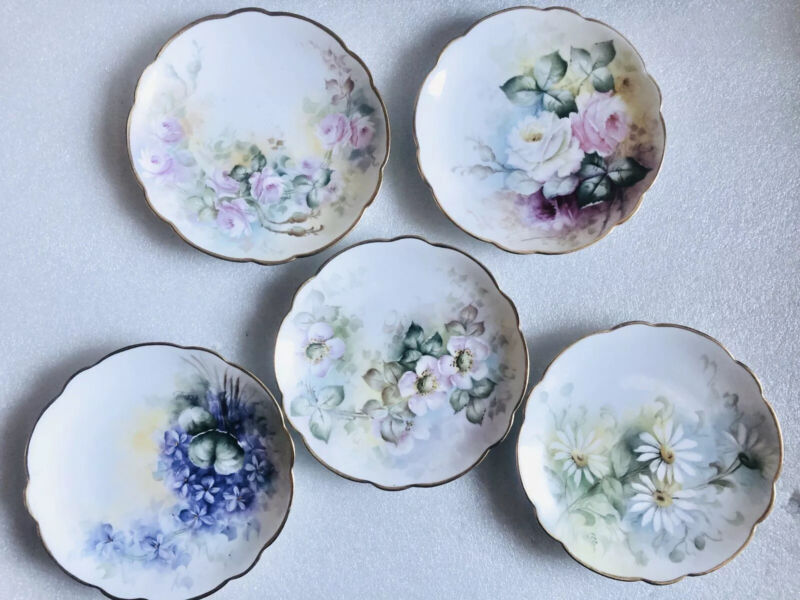 FIVE GORGEOUS ANTIQUE HAND PAINTED SCALLOPED PORCELAIN PLATES BAVARIA GERMANY