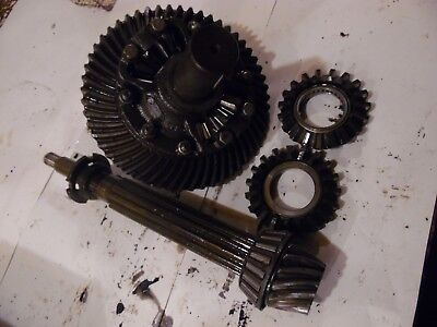1955 Oliver Super 55 Gas Farm Tractor Differential Assembly