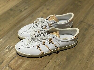 adidas LACOMBE HENDER SCHEME Mens SIZE 10.5 Tan /White Leather EE6015