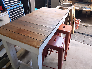 Island bar bench table Frankston North Frankston Area Preview
