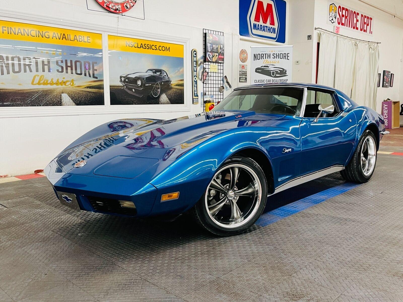 1973 Blue Chevrolet Corvette Coupe  | C3 Corvette Photo 2