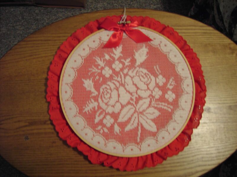 """White Rose Lace on Red Wall Decoration - 10"""" diameter quilt hoop with 1"""" lace"""