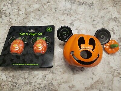 New Disney Mickey & Minnie Mouse Pumpkin Salt And Pepper Halloween votive
