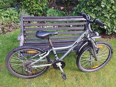 Giant 225 MTX childs Mountain bike 12 inch frame 24inch wheels