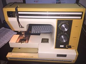 Sewing machine working order $50 Sunshine Brimbank Area Preview