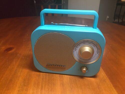 Studebaker AM/FM Portable Radio SB2000