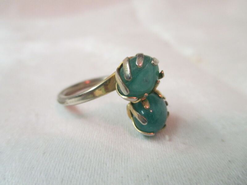 Vintage Sarah Coventry green Jade Ring