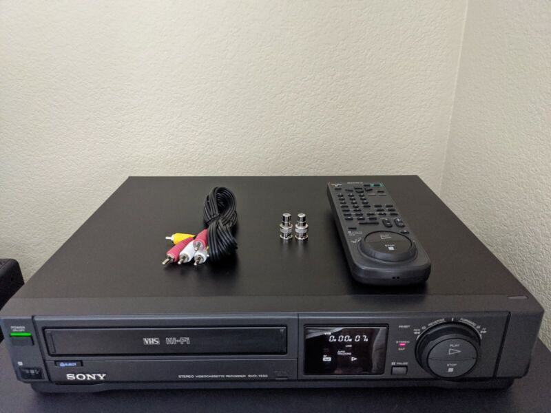 REFURBISHED! Sony SVO-1550 HiFi VCR VHS Player Recorder w/Remote Cables