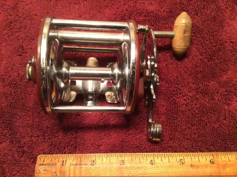 Vintage Penn Peer No.209 Level Wind Fishing Reel