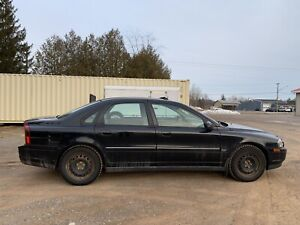 2002 Volvo S80 2.9l - For Parts (Engine problems)