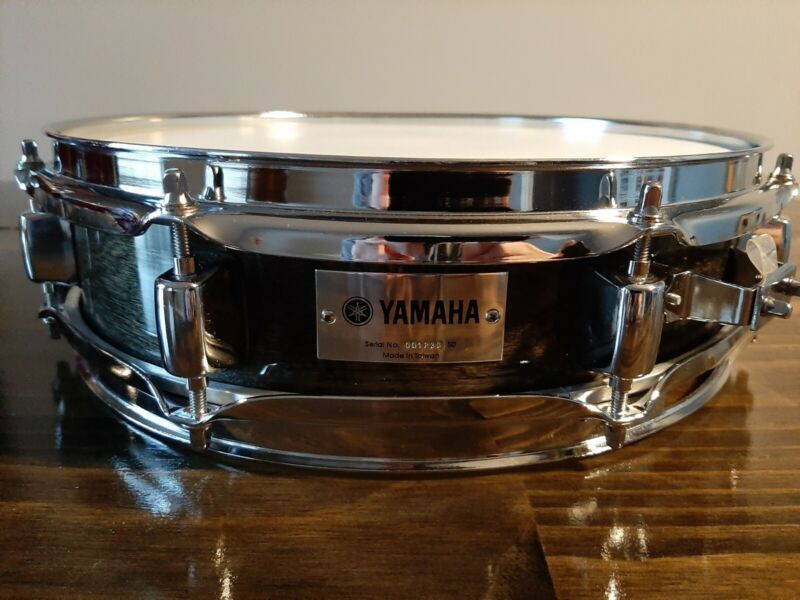 """Yamaha Piccolo Snare Drum Excellent Condition 13"""" X 3.5"""""""