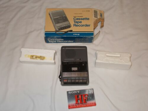 Vintage Realistic CTR-82 14-1049  Cassette Player Tape Recorder Voice Actuated