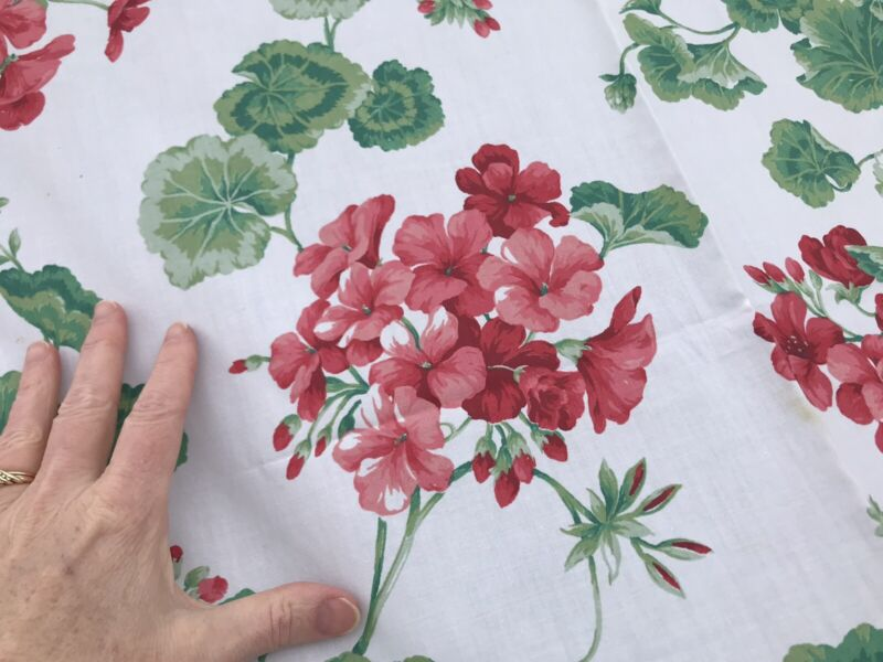 """VTG Tablecloth Floral Pink Red Green White 48"""" x 58"""" Handmade"""