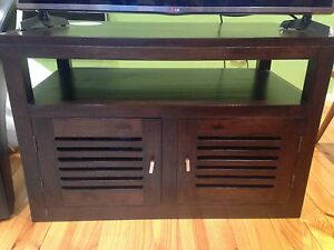 Beautiful wooden TV cabinet Sandringham Bayside Area Preview