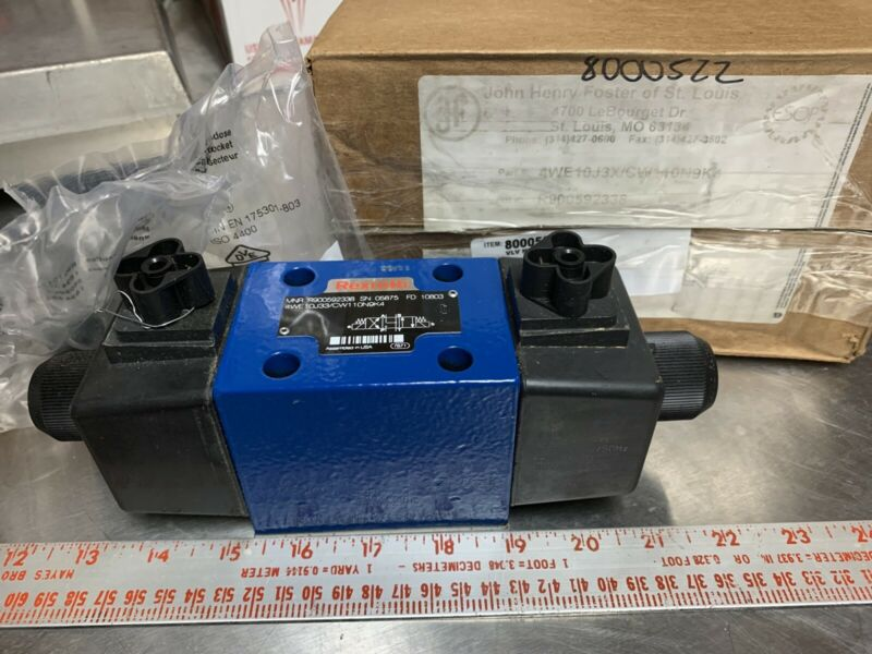 Rexroth R900592338 Hydraulic Directional Control Valve 4WE10J33/CW110N9K4